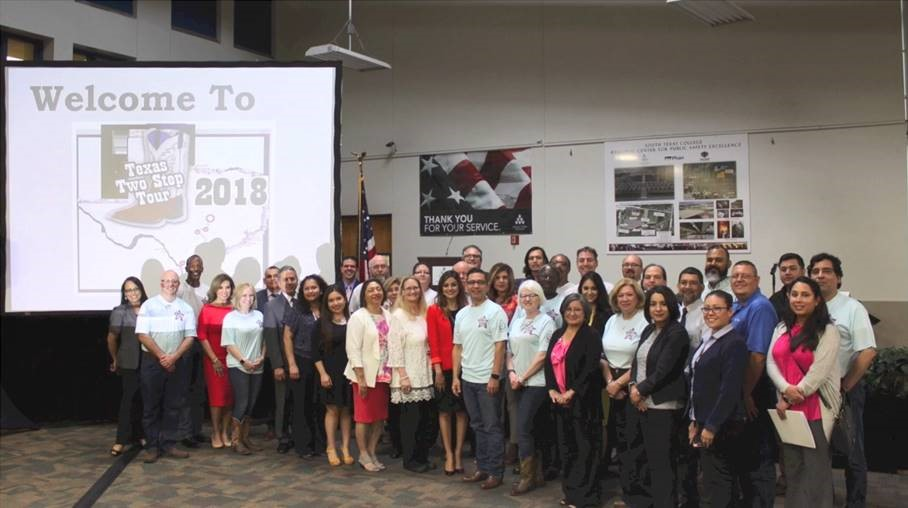 TWC Staff, Workforce Solutions – Lower Rio Grande Valley Staff, and area stakeholders join for a photo at the Mission listening forum.