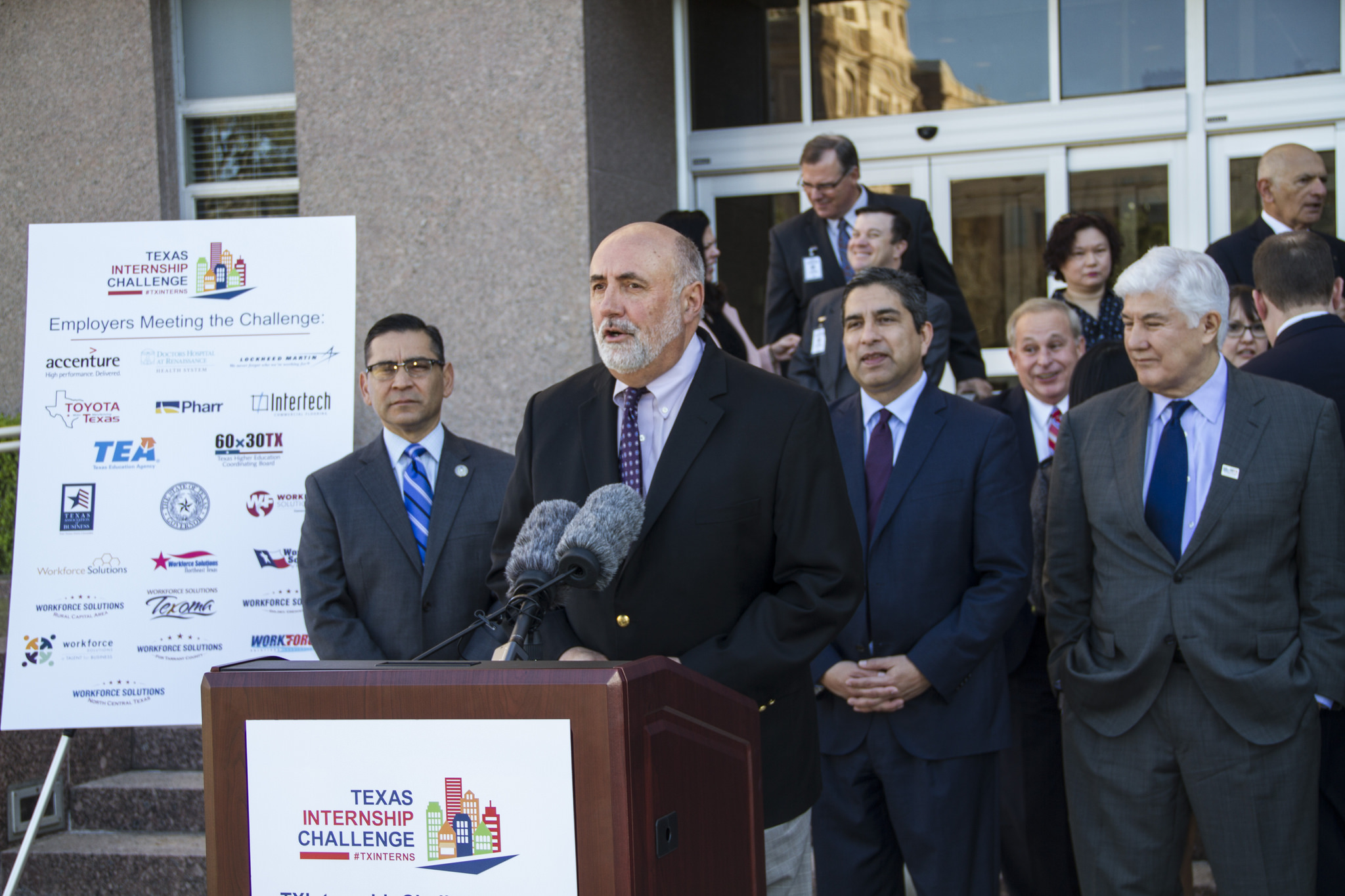 """TWC Executive Director Larry Temple speaking at the launch of the """"Texas Internship Challenge,"""" a statewide campaign to increase and promote internships for students in Texas."""