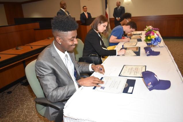 CTE Signing2